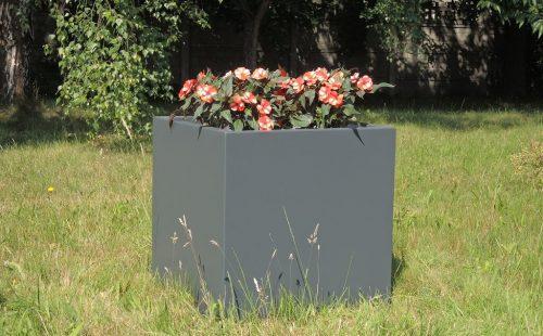 square commercial planter