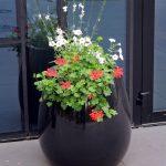 outdoor-planter-KAMA