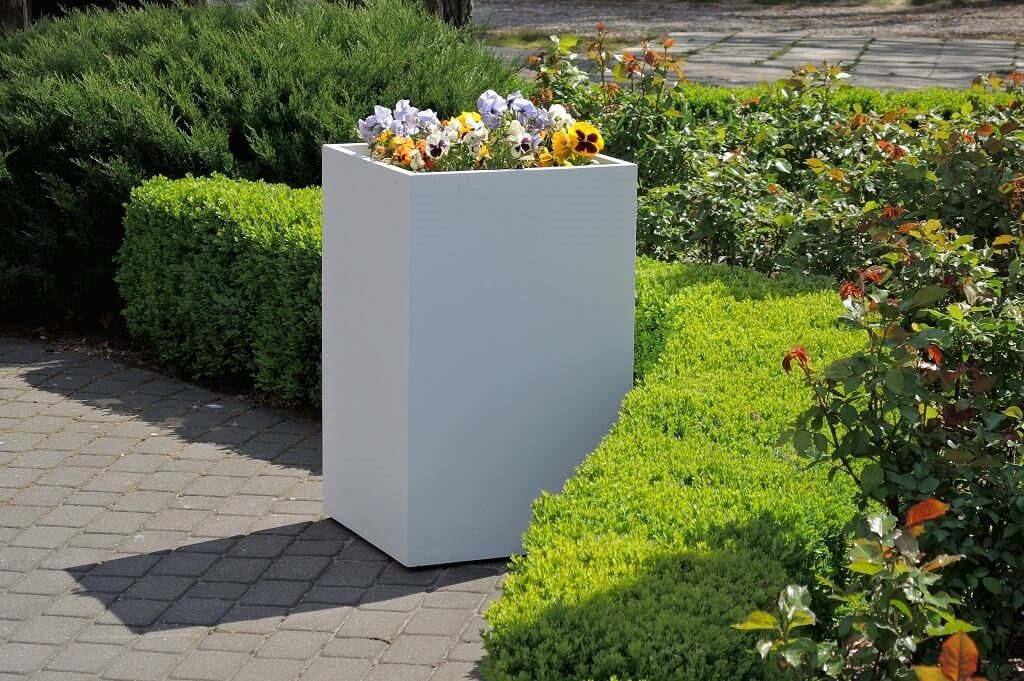 polymer concrete planter to public space
