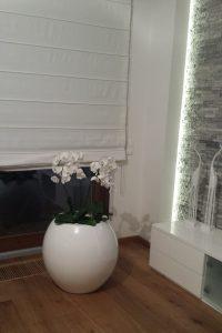 biała donica do wnętrz i ogrodów